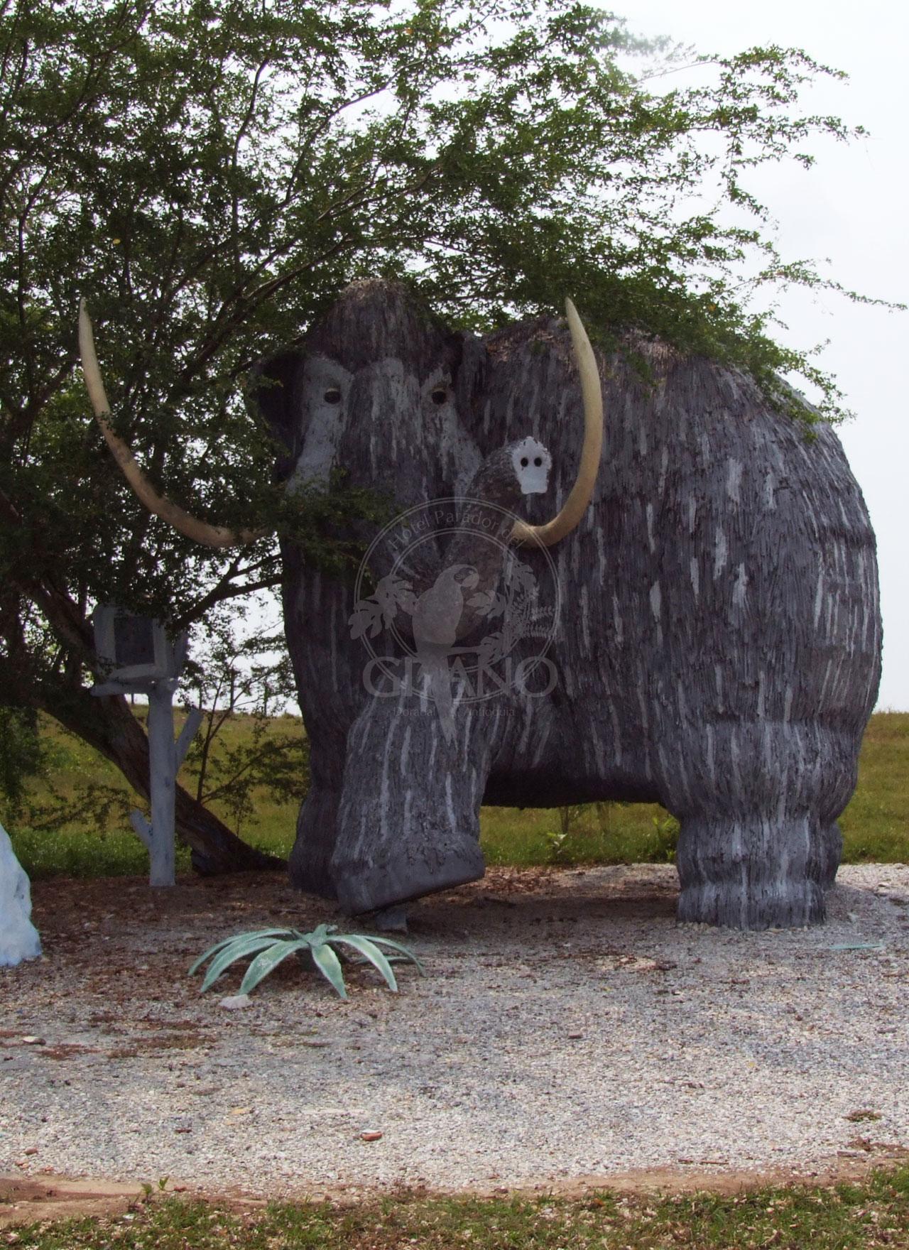 Encuentra milenarios mamuts - Parque Temático Hacienda Nápoles - Hotel & Restaurante Parador del Gitano - Nápoles - Doradal - Rio claro