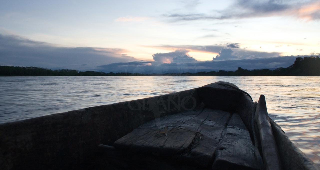 Atardecer sobre el Rio Magdalena - Hotel & Restaurante Parador del Gitano - Nápoles - Doradal - Rio claro